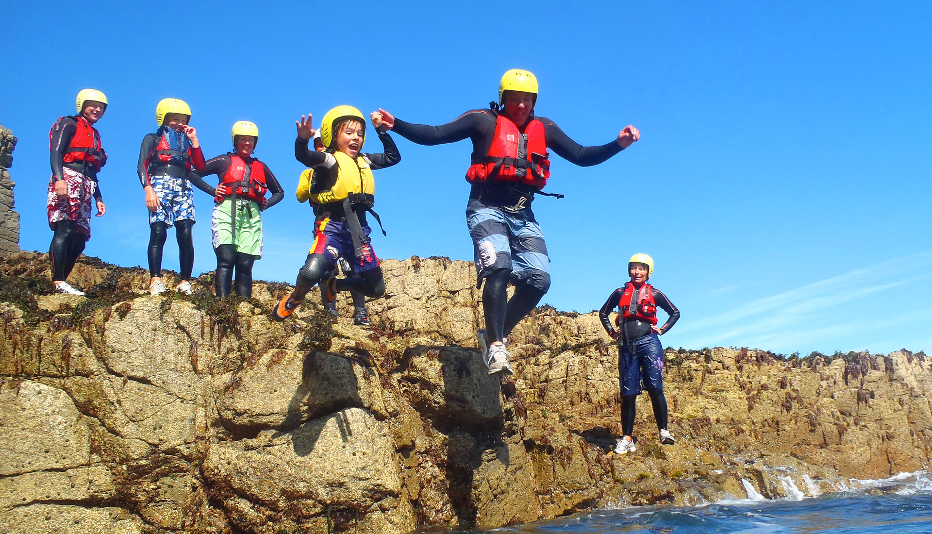 Adventure Sark Coasteering